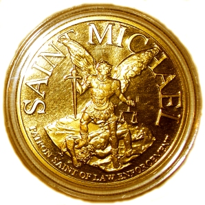 Gold_medal_of_St._Michael